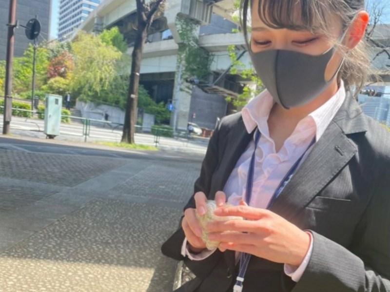 Wanita di Jepang Mencoba Mewujudkan Romansa Ala Kantoran walau Tidak Memiliki Pekerjaan 1