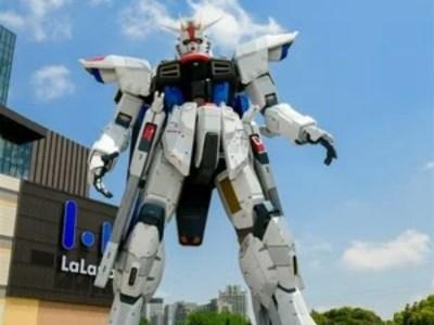 Sutradara Gundam SEED Membuat Video Anime untuk Patung Freedom Gundam Seukuran Asli 49
