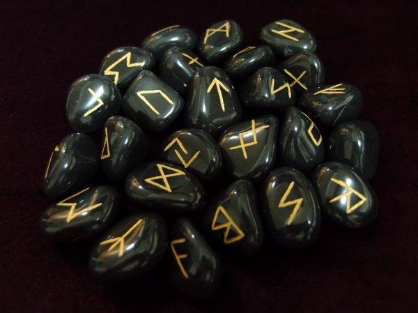 Black Obsidian Runes 01