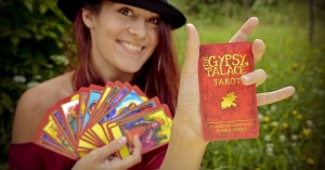 Nora Huszka presents her Tarot
