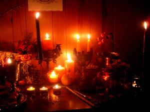 magic_raven_samhain_altar_2013___6_by_wilhelmine-d6tuhk6