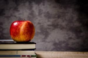 apple-chalkboard-books