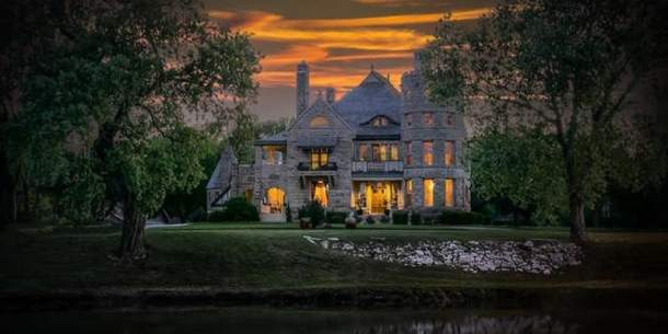 Campbell Castle in Riverside holiday lighting ceremony