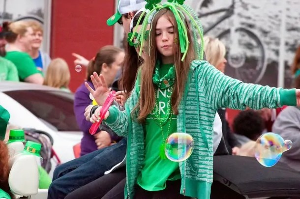 Wichita St. Patrick Day parade - ginormous bubbles!
