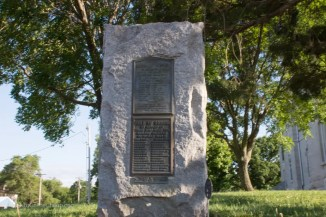 A military memorial plaque in Cottonwood Falls Kansas
