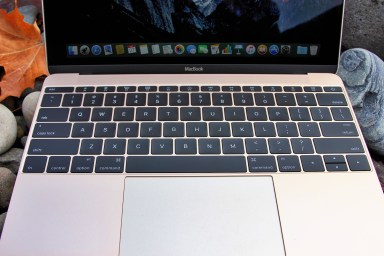 macbook review keyboard