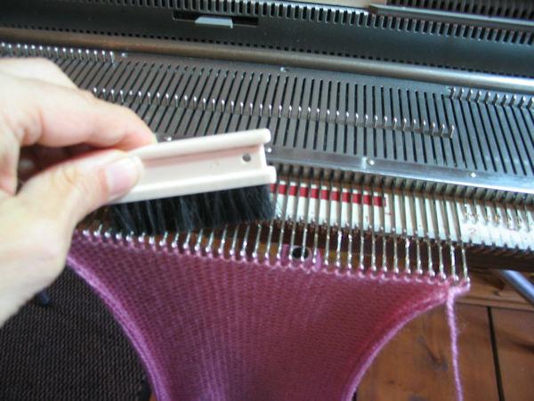 brush back latches