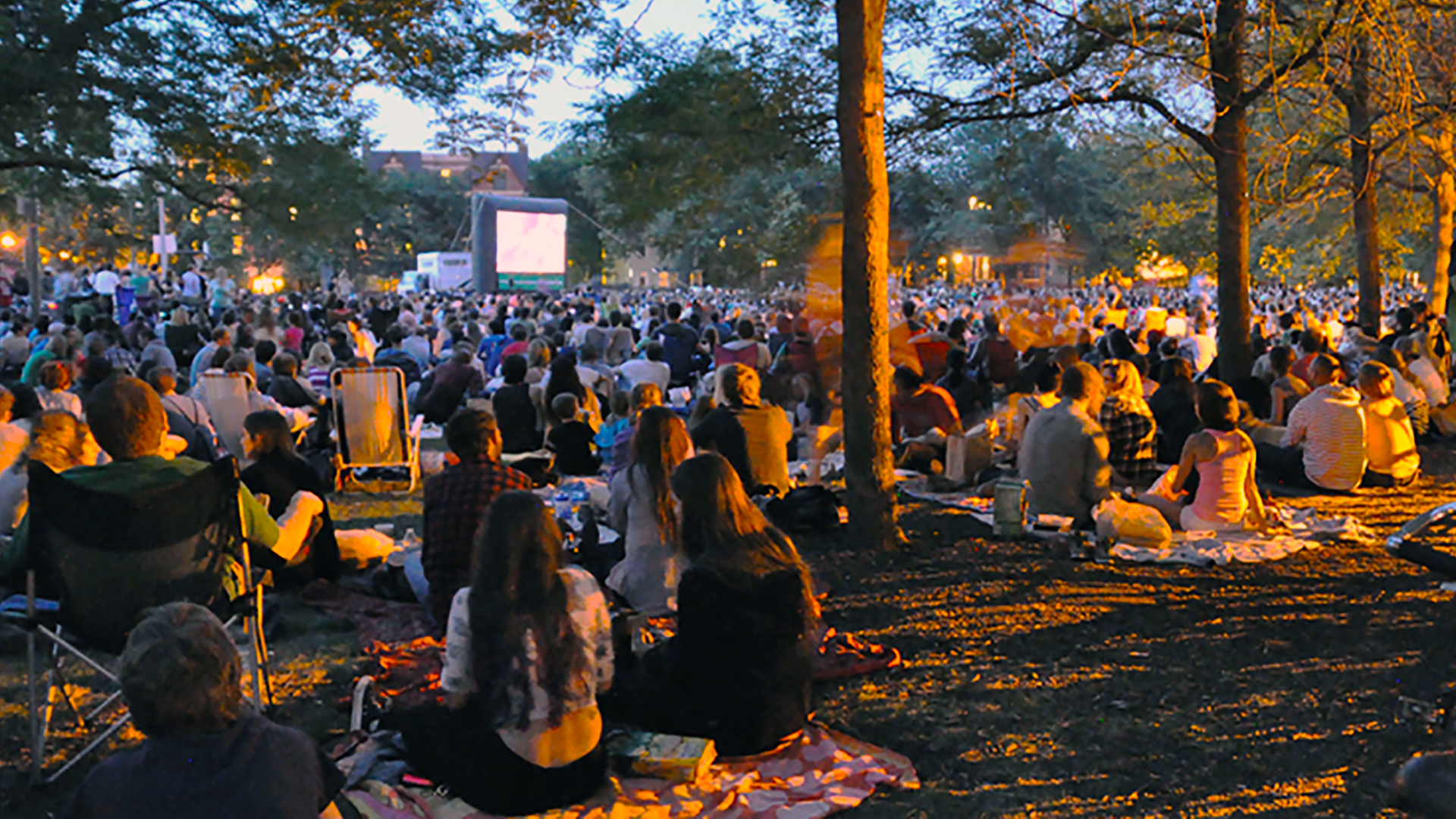 Wicker Park Advisory Council Movies In The Park 1920X1080