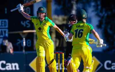 Lanning's team can hold its own against Ponting's record-breakers