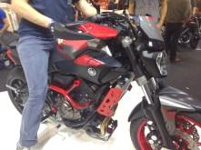 und noch mehr Geraffel an der MT-07 Moto Cage