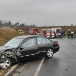 Zderzenie dwóch samochodów na drodze wojewódzkiej nr 246