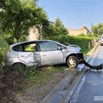 Daewoo uderzył w przydrożny płot