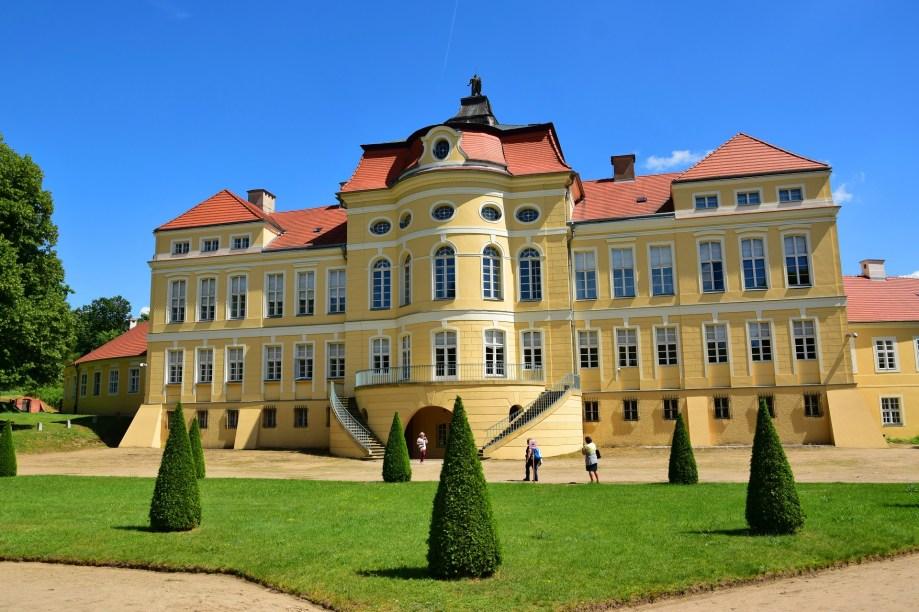 Późnobarokowy pałac w Rogalinie, widok od strony ogrodu