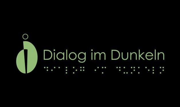 Dialog im Dunkeln: Anmeldungen abgeschlossen.
