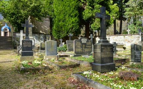 Russischer Friedhof an der Russisch-Orthodoxe Kirche in Wiesbaden Bild: Volker Watschounek