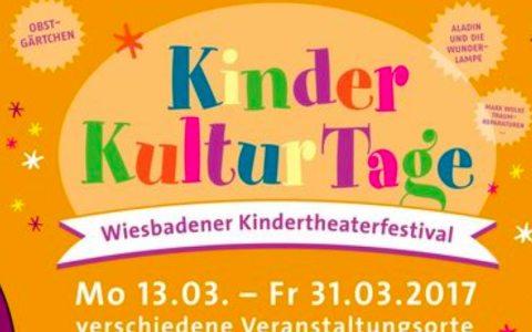Programmheft der Wiesbadener Kinderkulturtage 2017. Foto: Stadt Wiesbaden