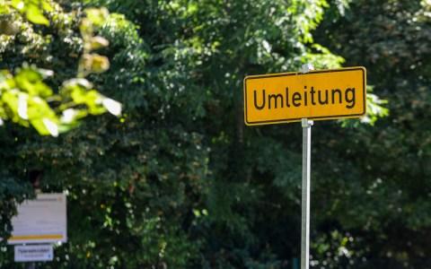 Dezente Umleitung und gravierender Einschnitt in den Straßeverkehr. Archivfoto: Volker Watschounek