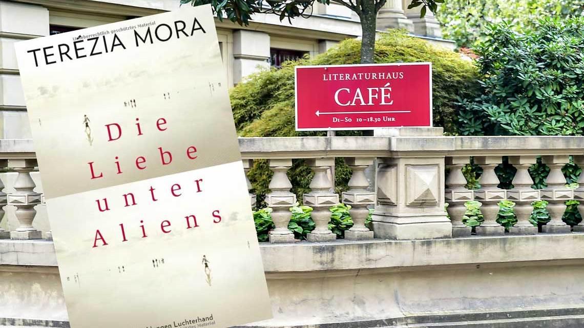 """""""Die Libe unter Aliens"""" heißt das neue Buch von Terezia Mora. Bild: Volker Watschounek / Amazon"""