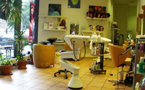 Friseur-Salon Sandra's Weave. Bild: Harald Hillemanns