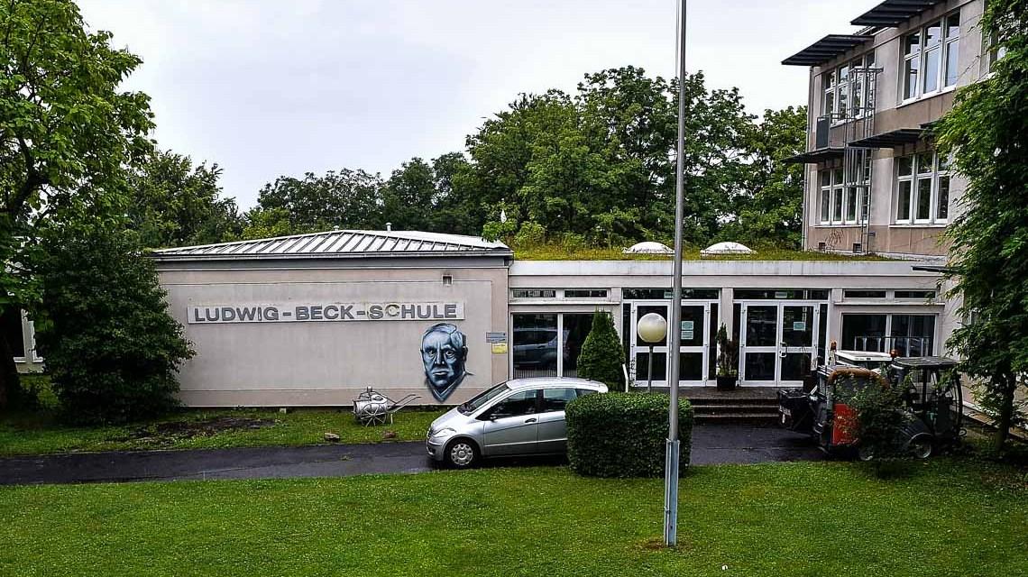 In der KLudwig Beck Schule wird in den Sommerferien ien neuer Fluchtweg geschaffen.