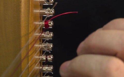 Wiesbadener Geschichten - Tüftler bauen Instrumente. Bild: Musikinstrumente aus Wiesbaden / youtube