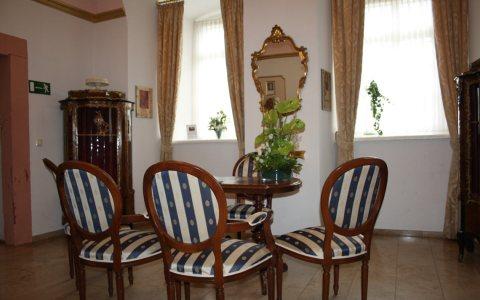 Trauung im Kurfürstlichen Zimmer der Reduit in Mainz Kastel. Bild: Standesamt