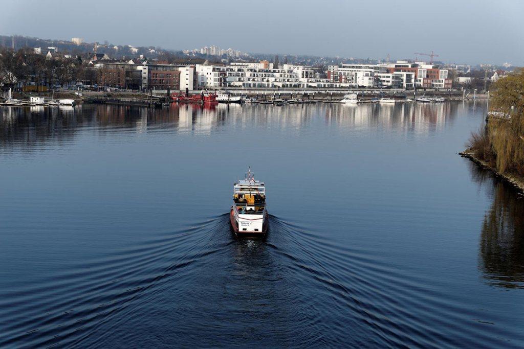Die liebevoll Tamara genannte Fähre verbindet die Retterbergsaue mit dem Festland. Bild: Ralf Brinkmann