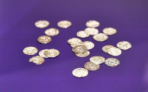 Münzen aus der Römerzeit im Stadtmuseum. Bild: Volker Watschounek