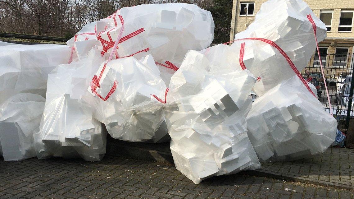 Verpackungen sind wichtig. Aber diese Müllberge ... Bild: Flickr / Marco Verch