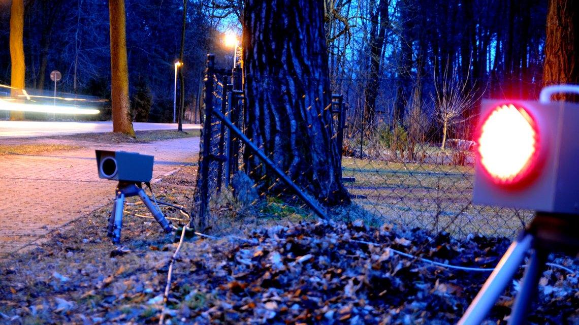 Blitzer, Geschwindigkeitsüberwachung auf der Landstraße. Bild: ©2017 eso GmbH, der Spezialist für Verkehrsüberwachung