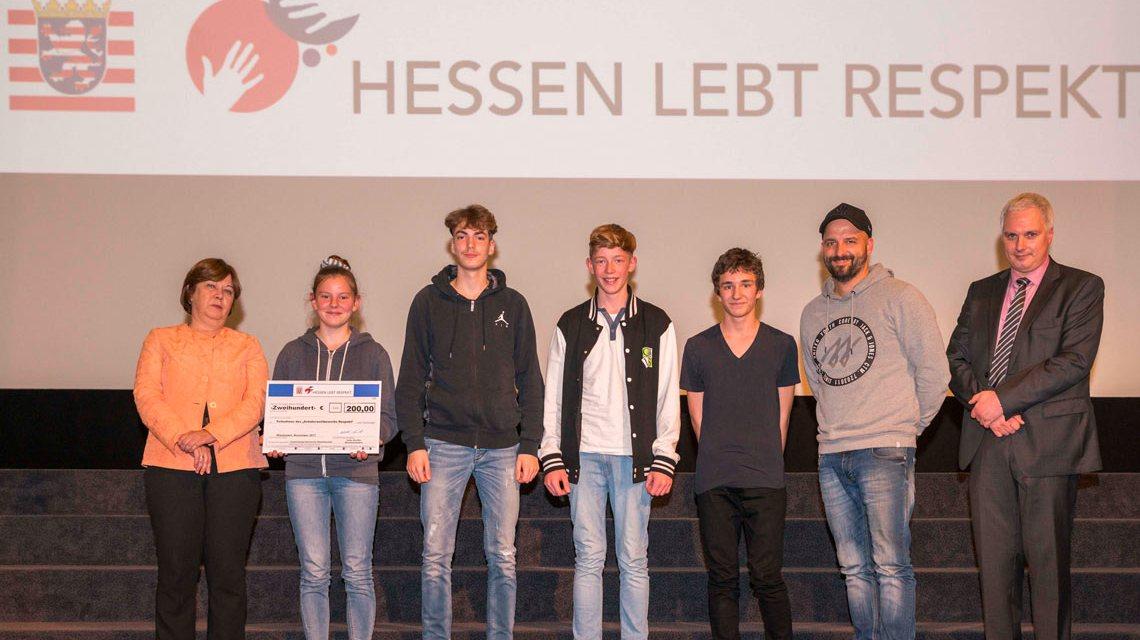 Gewinner von Neuen Gymnasium in Rüsselsheim. Wiesbadener Schulen konnten sich nicht in die Gewinnerlisten eintragen. Bild: Fabia Stransky