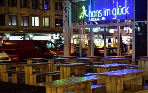 Wiesbadens neuer Burghergrill, Hans im Glück in der Wilhelmstraße. ©2017 Volker Watschounek