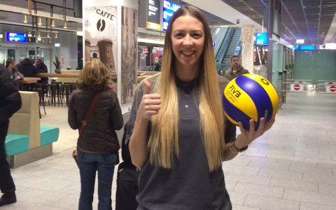 Tanja Sredic nach Ihrer Ankunft am Flughafen Frankfurt am Main. ©2018 VCW