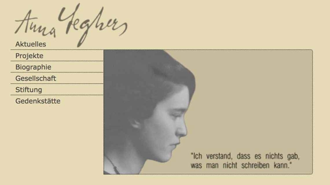 Das offene Wohnzimmer widmet sich Anna Seghers. ©2018 Wiesbaden lebt / Webseite