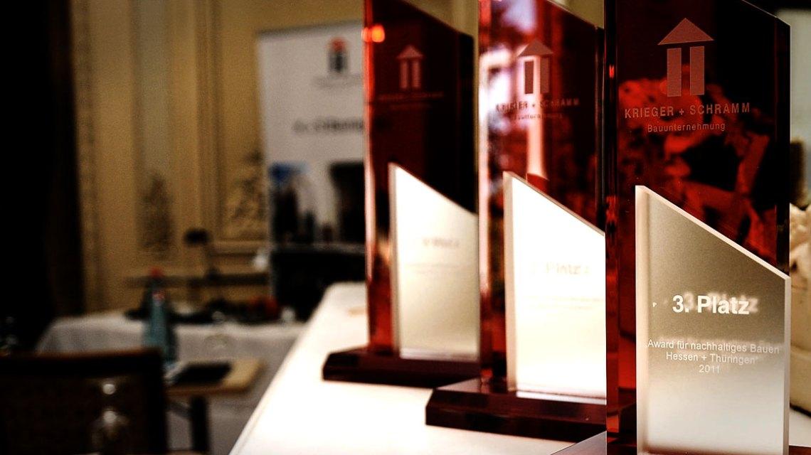 Archivbild – Preisverleihung des DMK Award für nachhaltiges Bauen. ©2018 Dagmar + Matthias Krieger Stiftung
