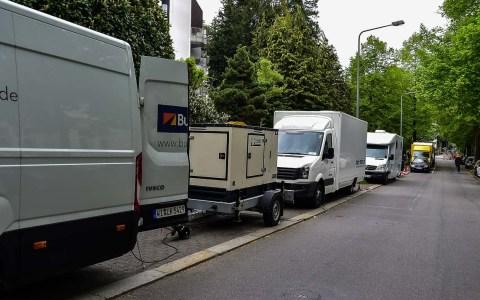 "Dreharbeiten in der Parkstraße zu ""Jung.Blond.Tot"". ©2018 Volker Watschounek"