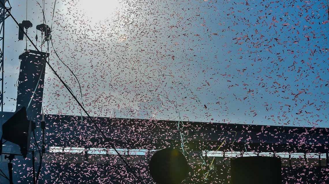 90er Jahre Party: Aufbruch in ein neues Party-Zeitalter