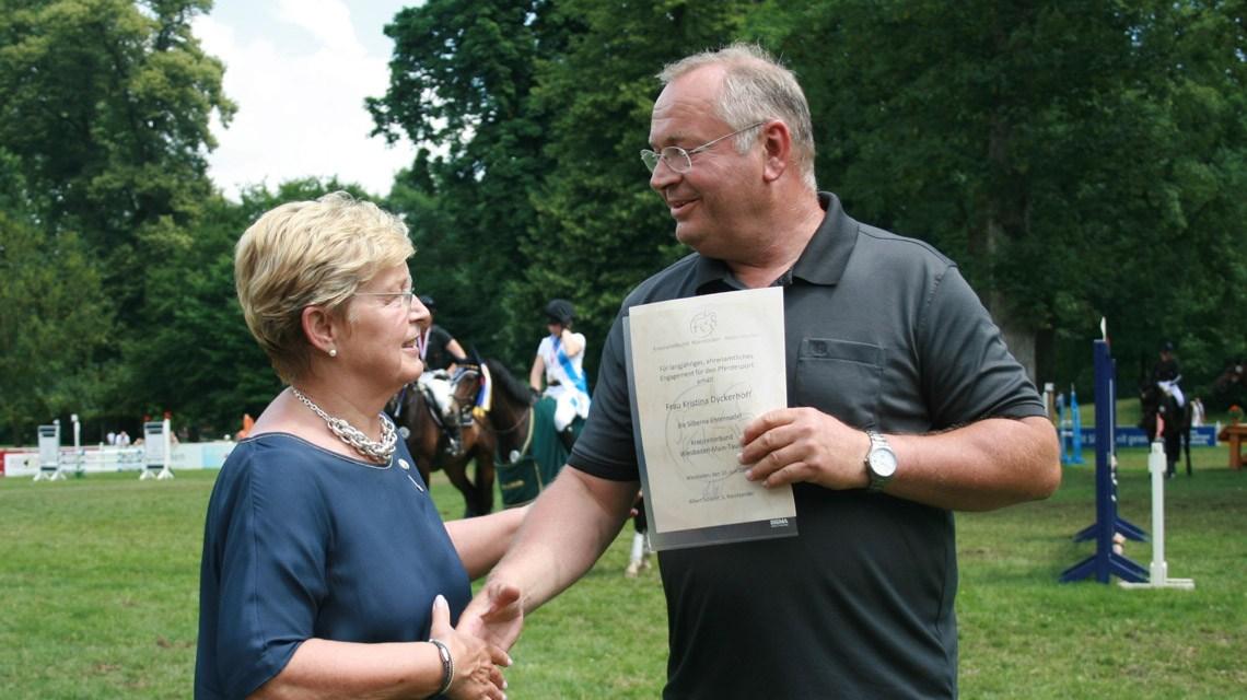 Hubertus Weber und Kristina Dyckerhoff beim Schlossparkturnier. ©2018 WRFC