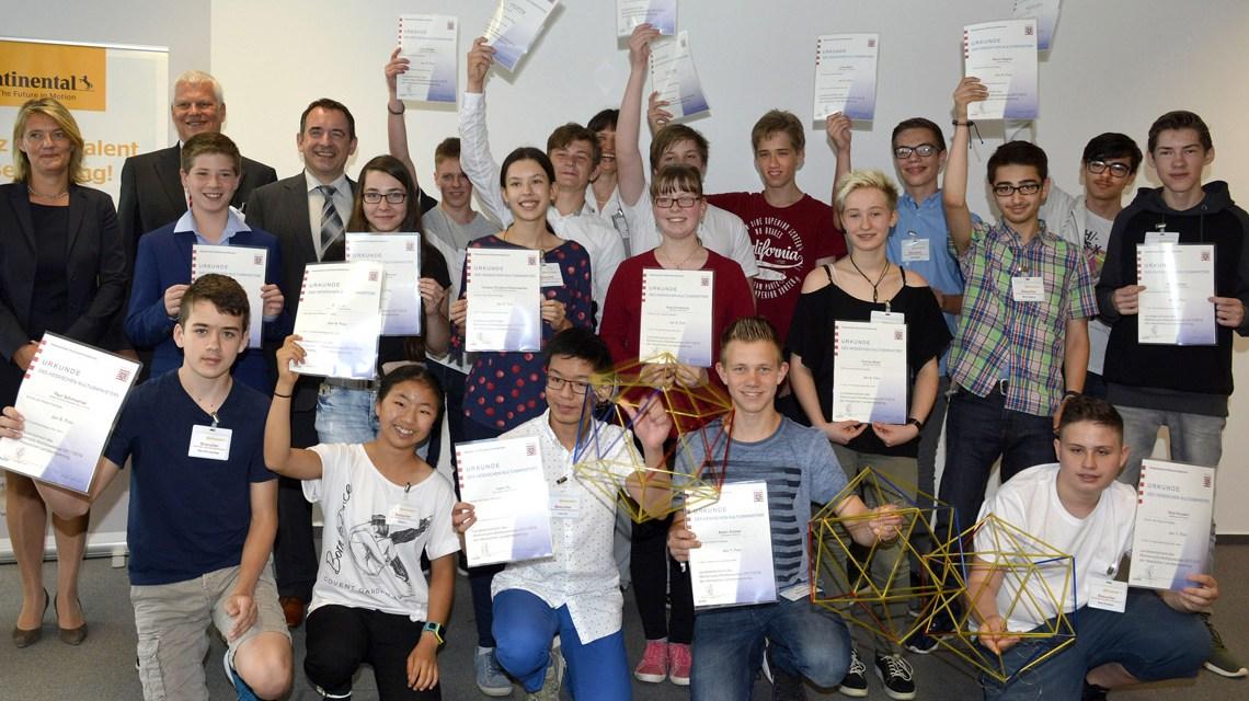 50 Jahre Mathematik - Wettbewerb des Landes Hessen, Die Sieger stehen fest, Hessen Metall