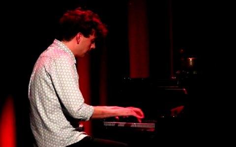 Matthias Niegel, Liedermacher und Humorist. ©2018 youtube