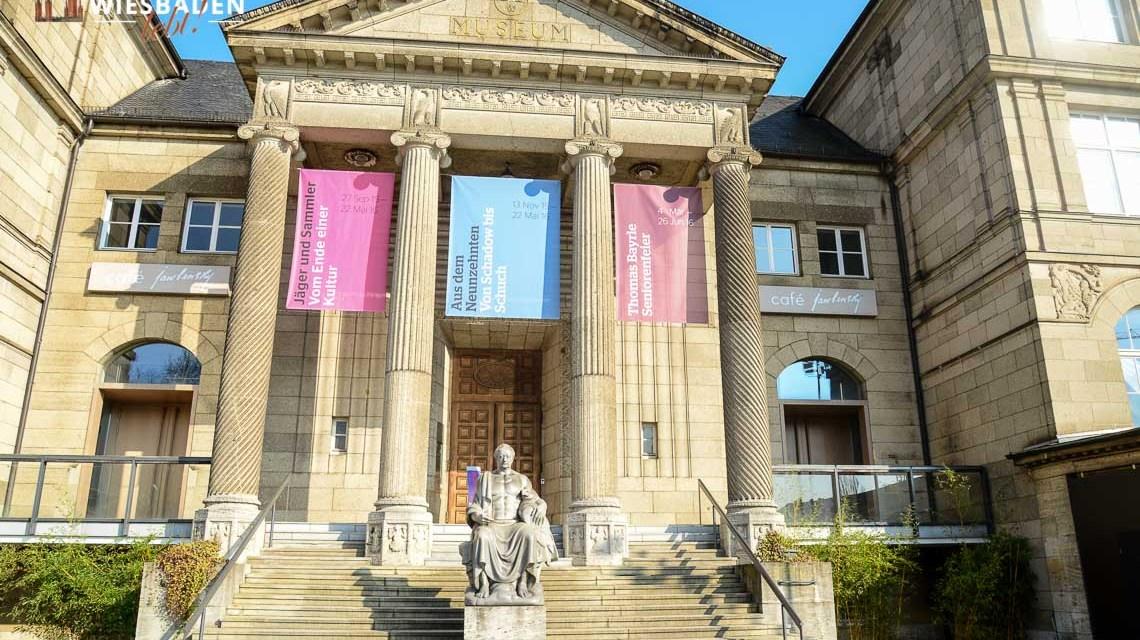 Jugendstil - Außenansicht des Landesmuseum Wiesbaden. @2019 Volker Watschounek
