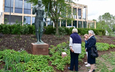 Einweihung der Diana-Figur in der Herbert-Anlage.