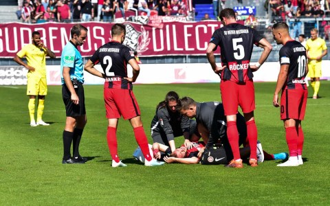 2. Fußball Bundesliga, 8. Spieltag, SV Wehen Wiesbaden -Arminia Bielefeld, 2:4