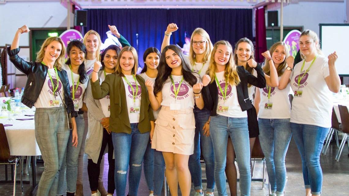 Der Freiwilligentag in Wiesbasden. Fotos Sigrid Ebert und Hochschule RheinMain.