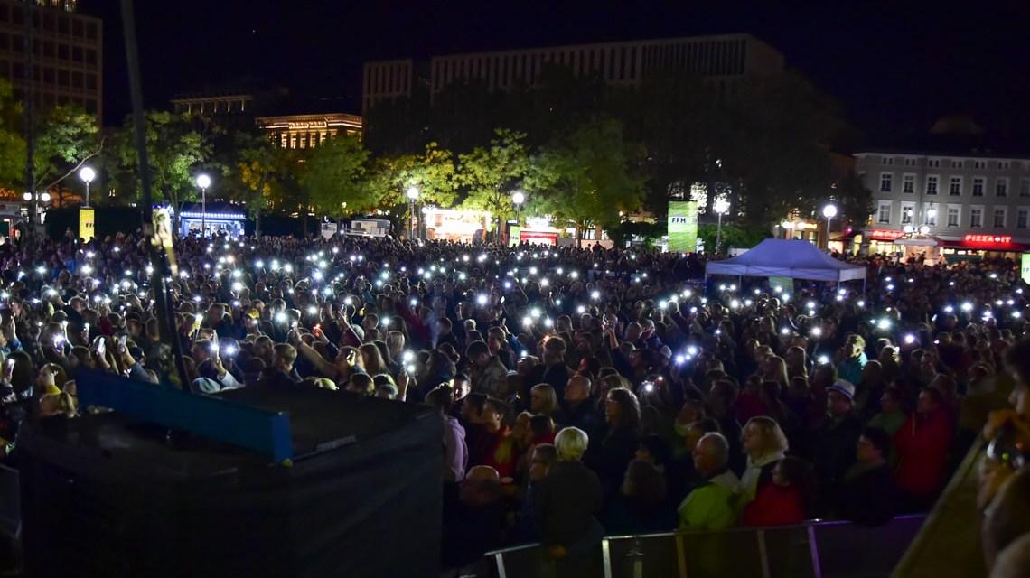 Stadtfest : Joris feiert mit Wiesbaden