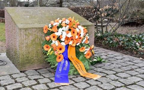 Gedenken zum Jahrestag der Deportation der Wiesbadener Sinti