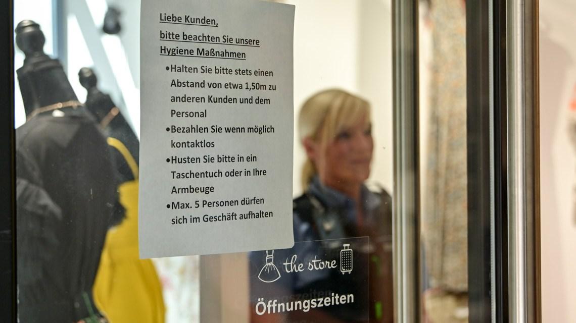 Stadtpolizei kontrolliert Wiesbadens Einzelhandel