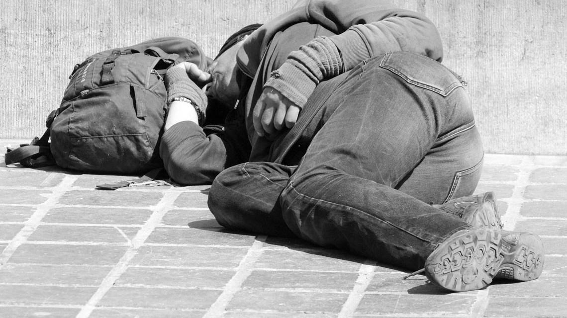 Obdachloser – Ben Kerckx auf Pixabay