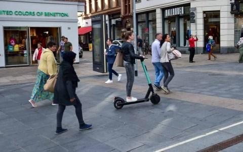 Mit e-Scooter in Wiesbaden