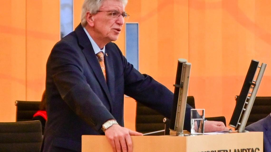 Volker Bouffier, Ausgangssperre